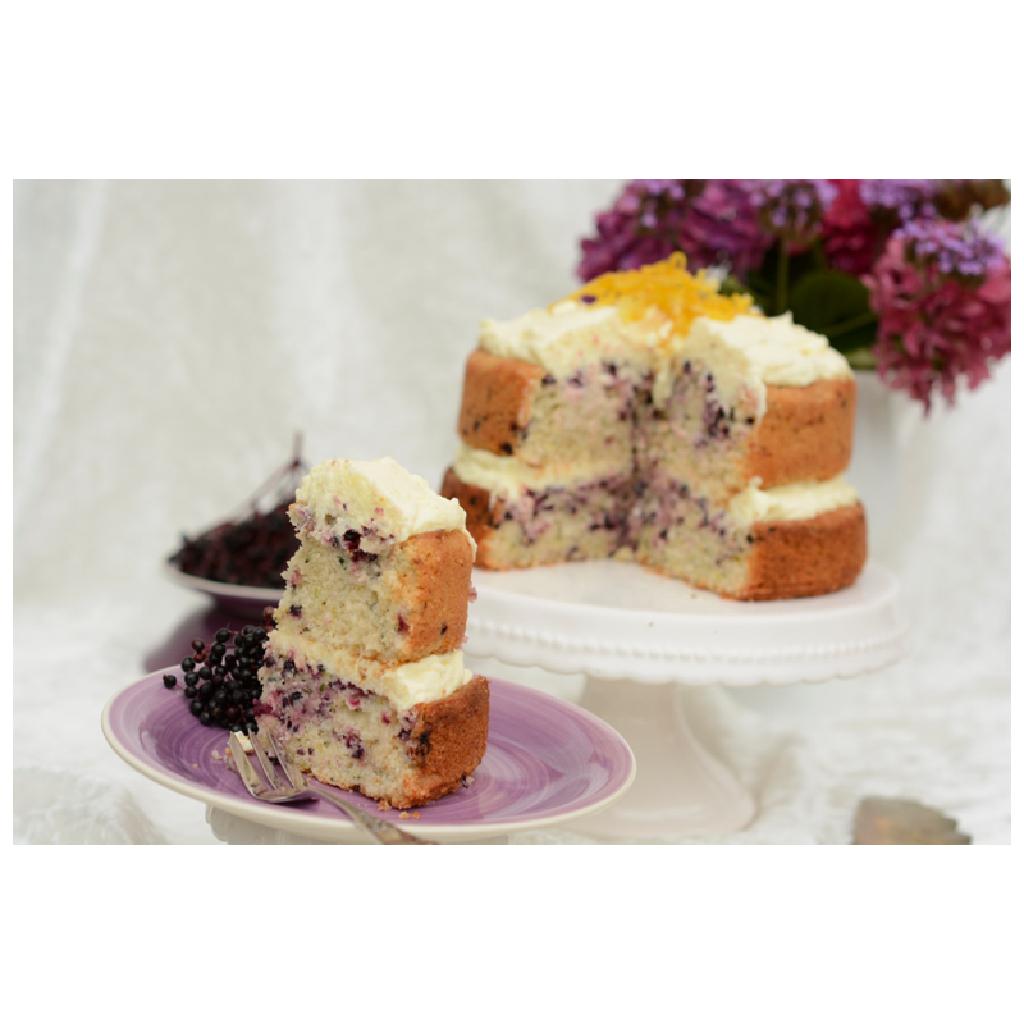 Holunder-Zucchini-Kuchen mit Zitronencreme