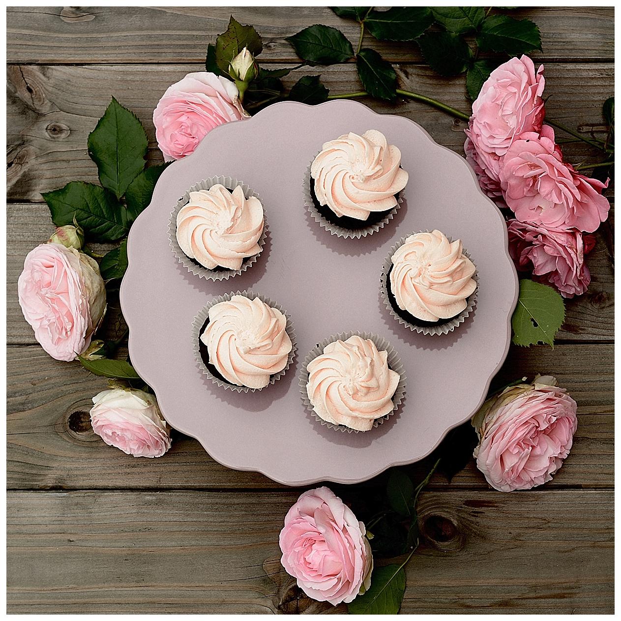 Rose-Schokoladen-Cupcakes