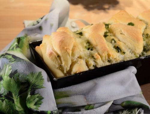 Perfekt für jede Grillparty: Kräuter-Pull-Apart-Bread